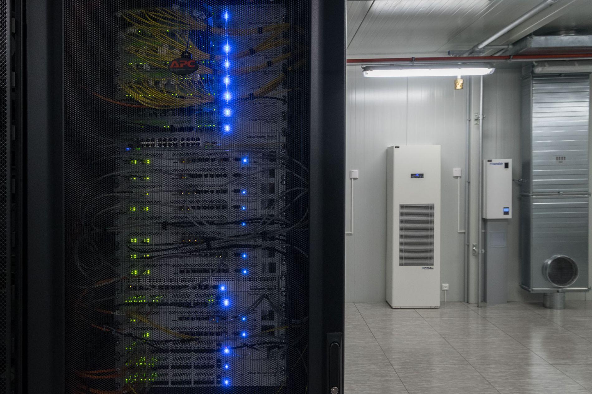 MikroTik RouterOS and AWS Site-to-Site VPN